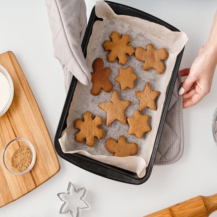 Pamper Your Pup With Homemade Pumpkin Spice Dog Treats